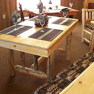 Table with 4 Place mats and Glasses